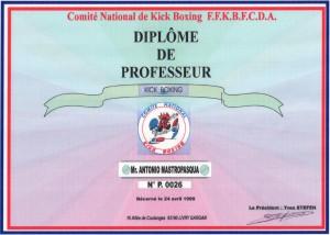 13 - FFKBFCDA - Diplome de professeur - 24.04.1999